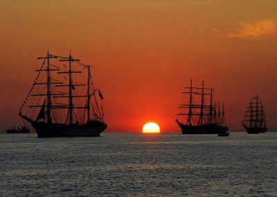 Clipper Ships lounge during sunset with Key West Sailing