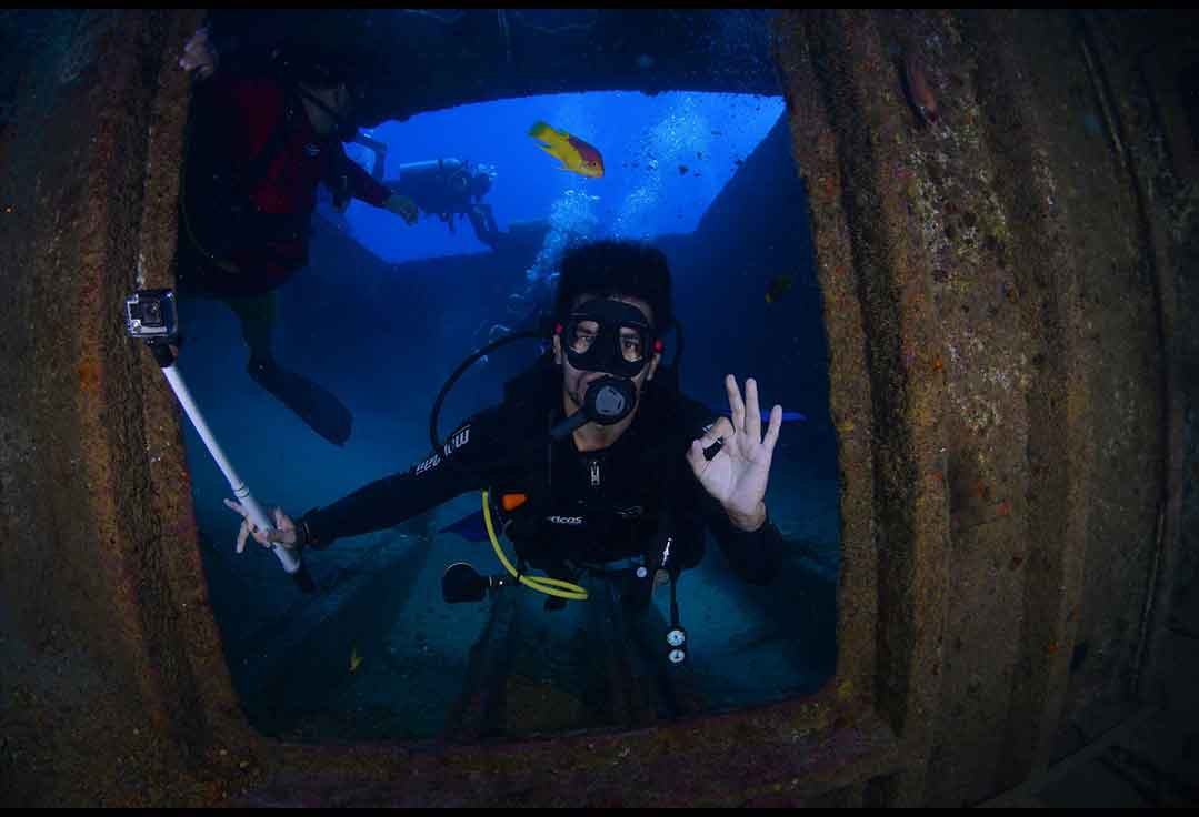 Guy explores the Vandenberg with Key West Scuba Diving